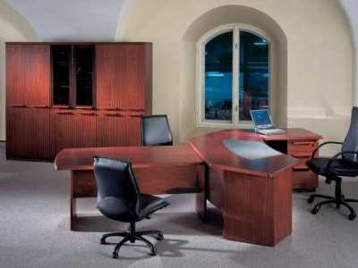 Mahogany Desk with Meeting Point and Storage